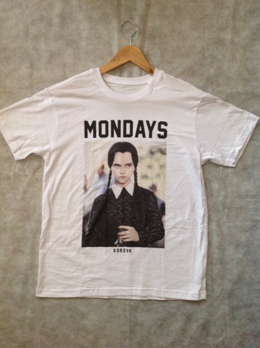 camisa mondays (familia adams) sátira - produto oficial