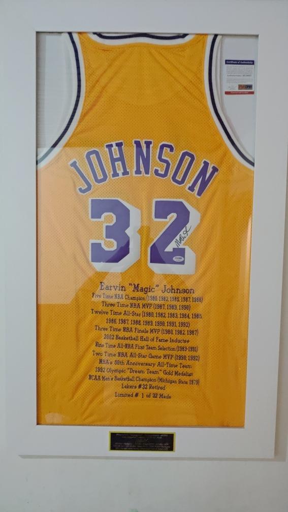 Camisa Nba Magic Johnson Autografada  be2941abd71b8