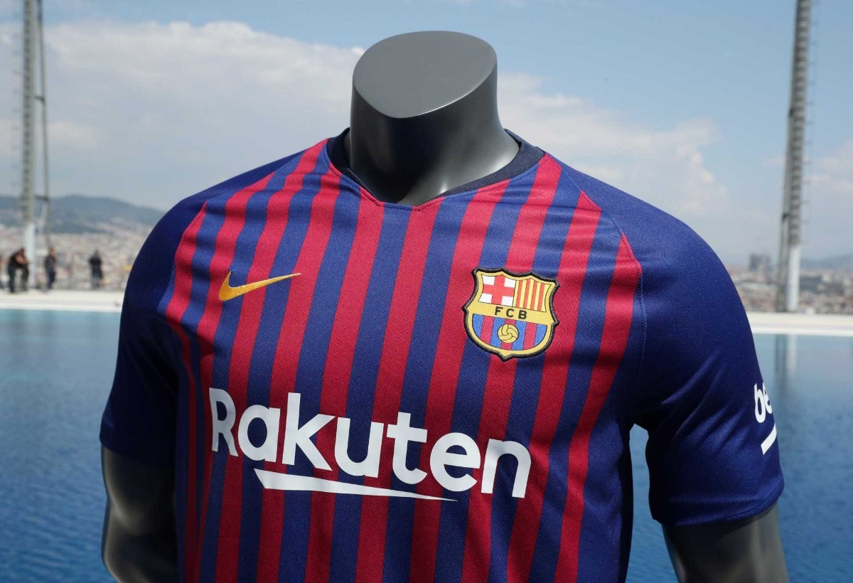 camisa nike barcelona 1 2018 2019 torcedor masculina. Carregando zoom. f70060a2885