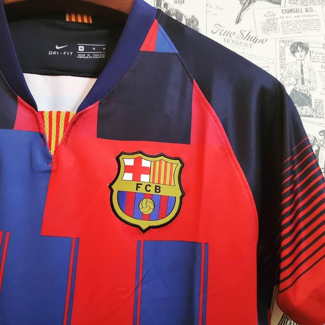 Camisa Nike Barcelona Edição Especial - R  145 404c88505046b