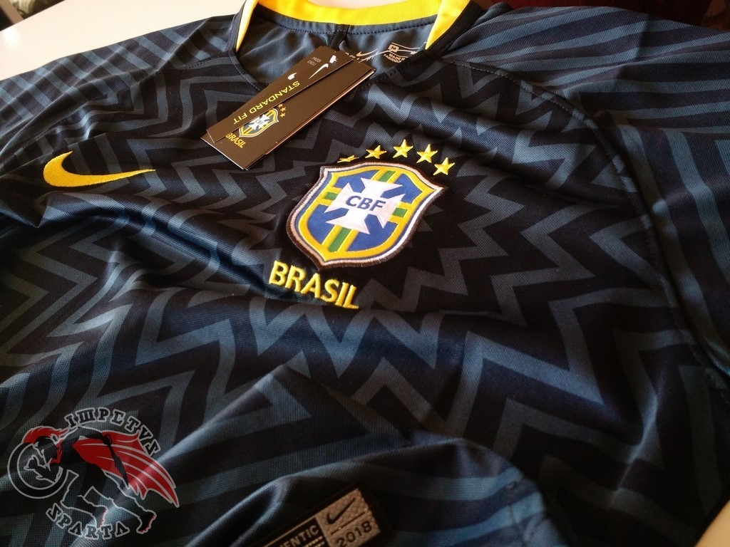 1bb3e9d8fd camisa nike brasil pré jogo preta 2018 2019. Carregando zoom.