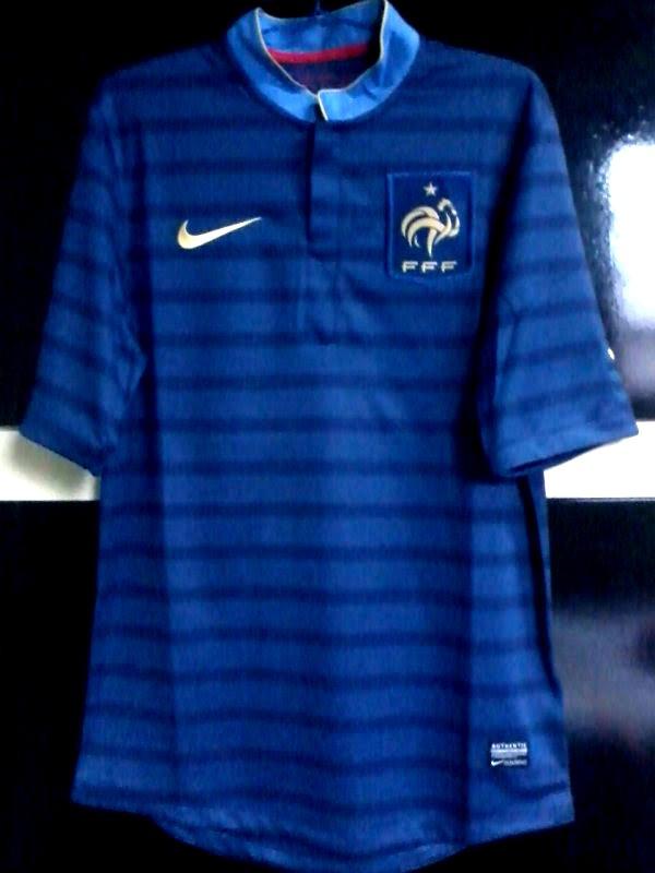 ccb2235043 camisa nike frança 2012-2013 sweepet95. Carregando zoom.