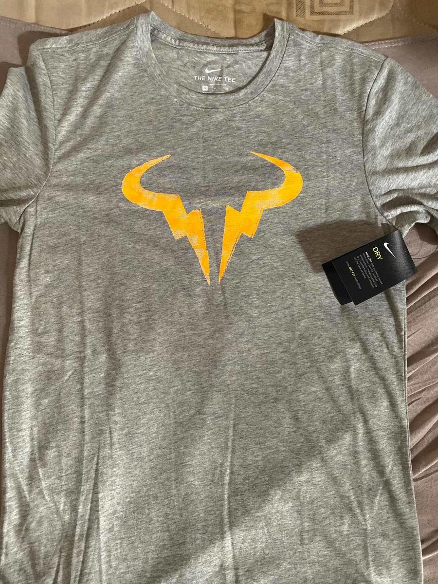 fecha de lanzamiento materiales de alta calidad mejor selección Camisa Nike Rafa Nadal - Nikecourt Dry Tennis - Tamanho P - R$ 129 ...