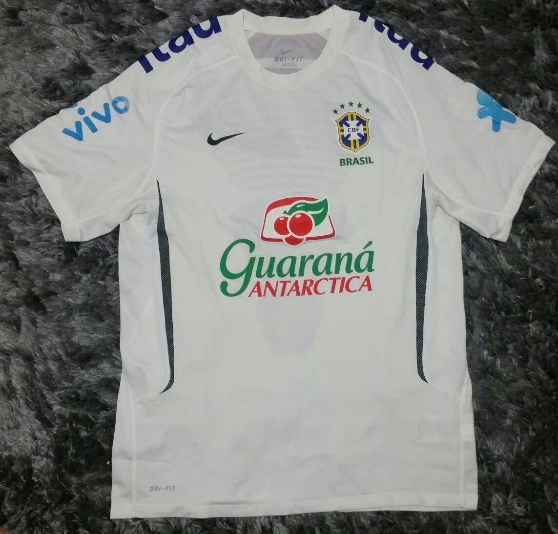 d71a893ee9eeb camisa nike seleção brasileira branca de treino 2011 brasil. Carregando  zoom.