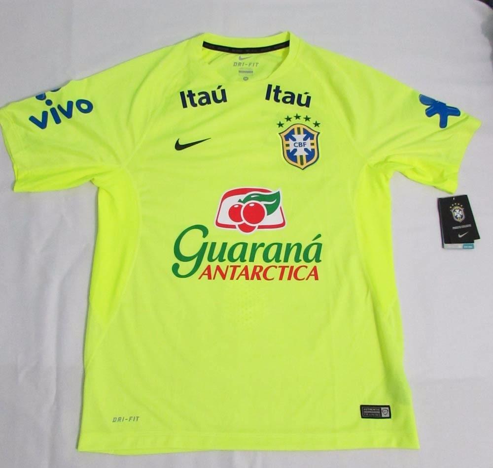 2fcb42dff8 camisa nike treino brasil amarelo patrocinado tam. xg neymar. Carregando  zoom.