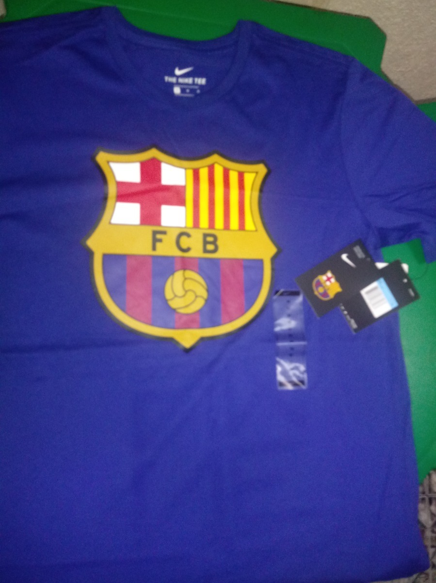 camisa nike youth fc barcelona crest - original - tamanho m. Carregando  zoom. 8a0b1abcda4