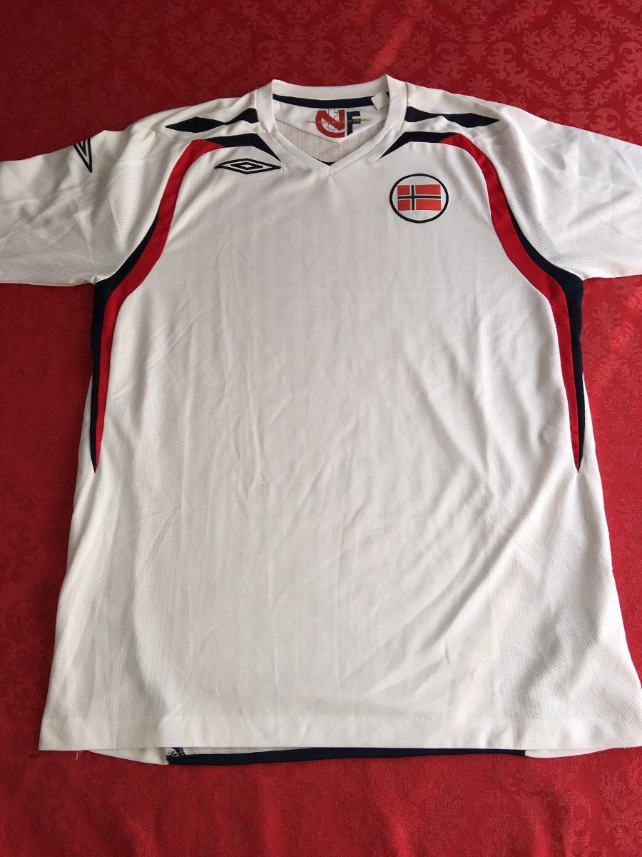 488cc9a6e3cf1 Camisa Noruega - Umbro - 2007 2008 - Sem Uso - R  200