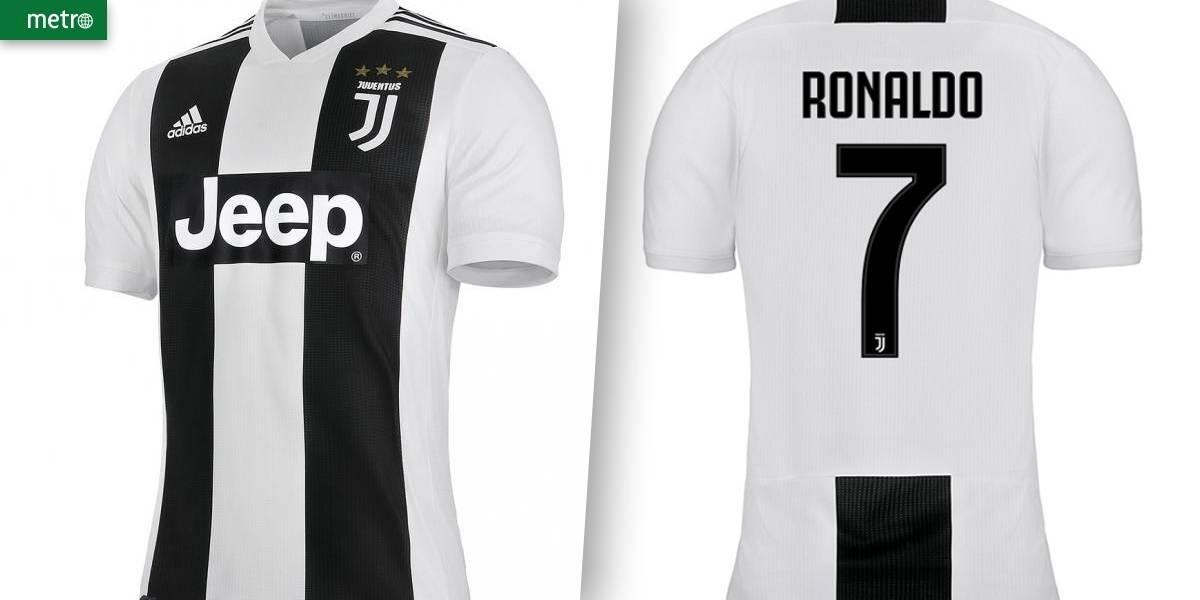 f544cac68 camisa nova da juventus 2018 2019 - cristiano ronaldo cr7. Carregando zoom.