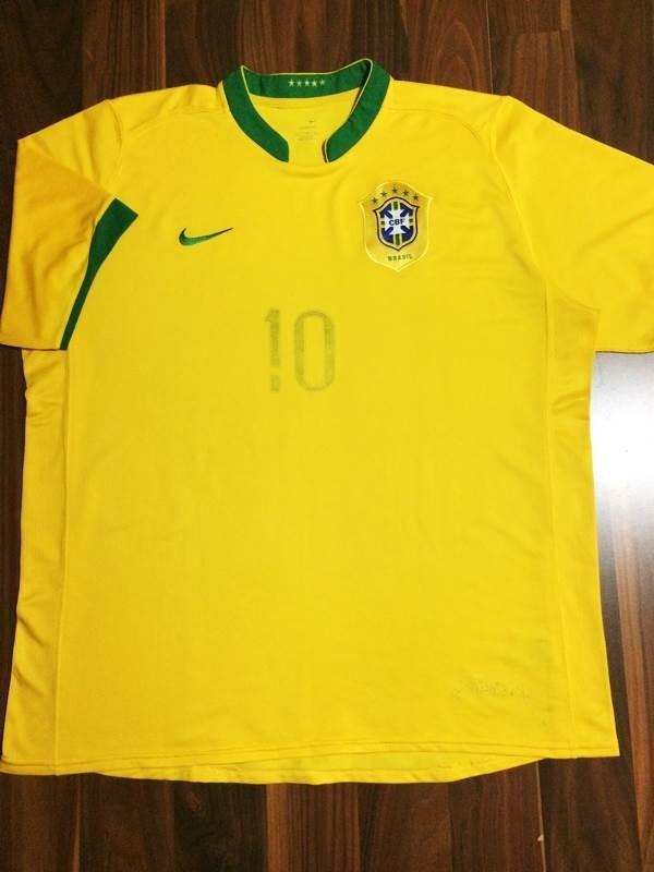 a55ca289db camisa oficial cbf nike gg seleção brasileira 06 ronaldinho. Carregando zoom .