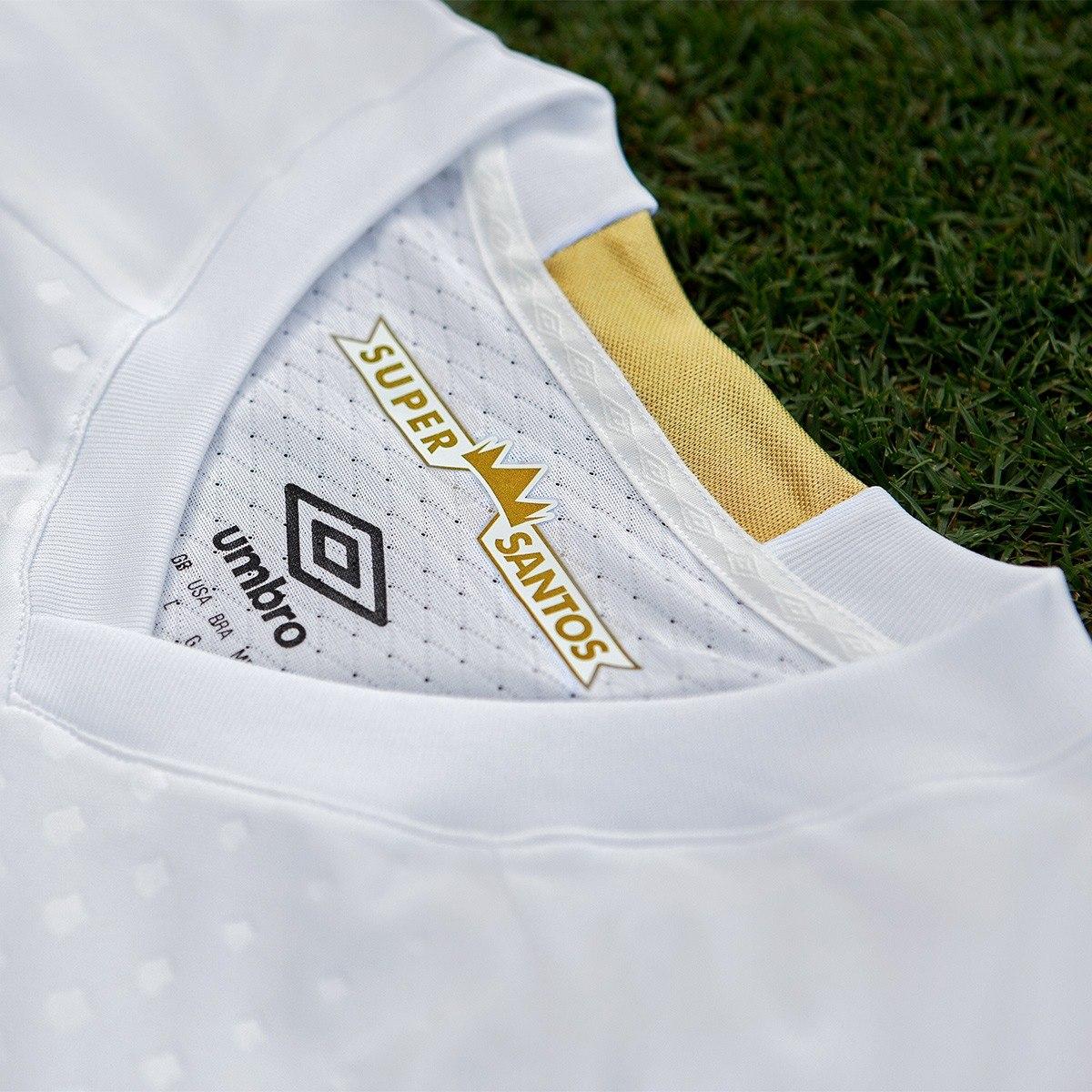ed6da5c160e camisa oficial do santos i 2018 umbro masculina oficial. Carregando zoom.