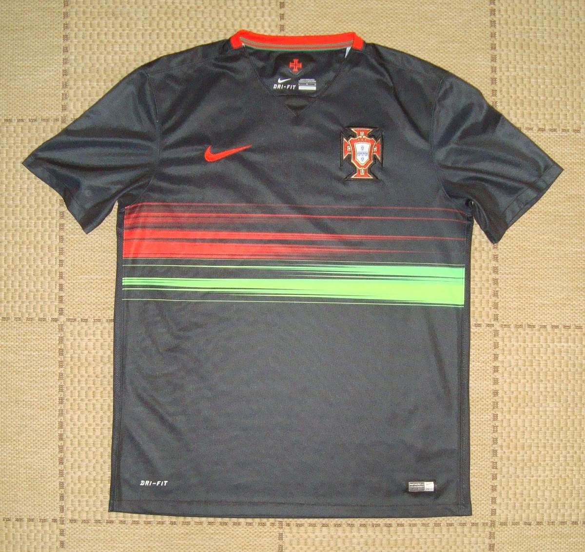 26a5b14522af6 camisa original portugal 2015 away. Carregando zoom.
