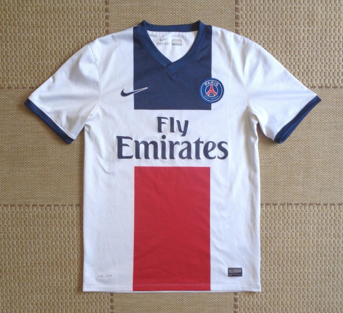 5aba078c2f camisa original psg 2013 2014 away. Carregando zoom.