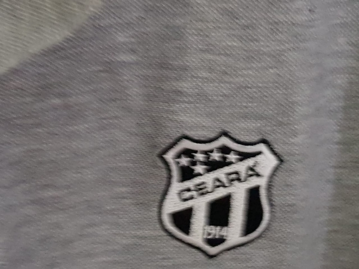 camisa polo ceará penalty nunca usada com etiqueta cinza. Carregando zoom. c711cbeaa32ea