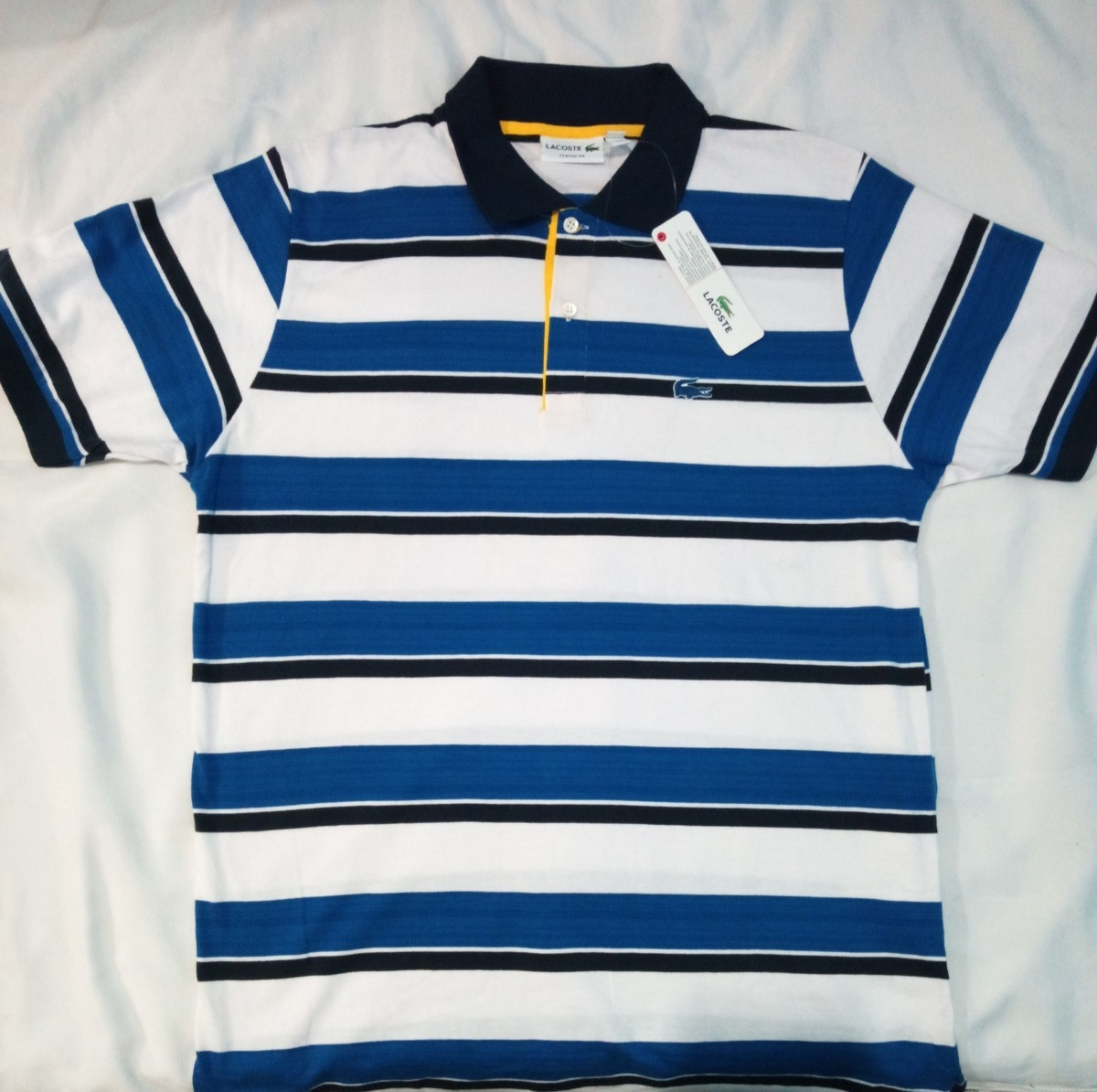 Camisa Polo Lacoste Logo Emborrachado Masculino Top - R  149,99 em ... d6542c0447