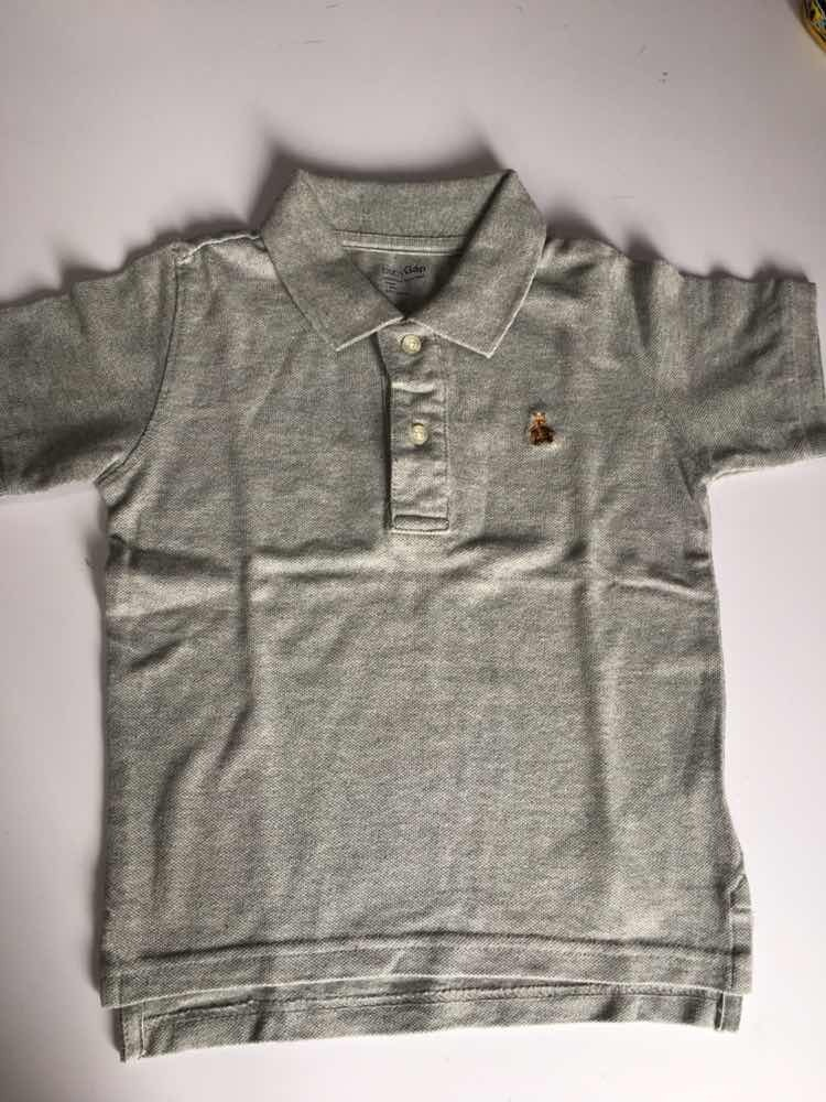 967e2fdedc614 Camisa Polo Manga Curta Cinza Baby Gap Menino 3 Anos - R  65