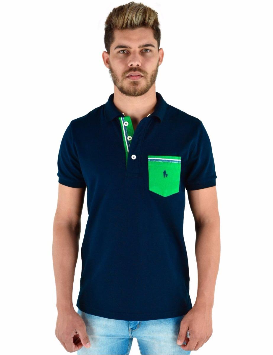 99735f40c camisa polo masculina com pate e bolso colorido azul marinho. Carregando  zoom.