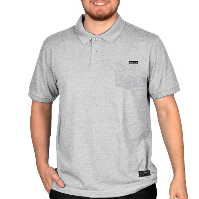 615f1b24a Camisa Polo Oakley Essential Pocket Cinza - R  149