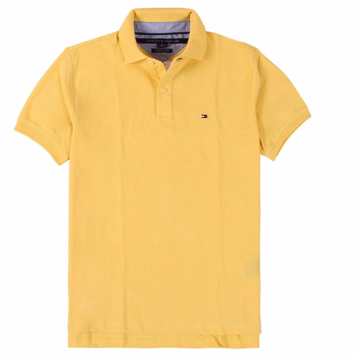 acaff3d5ef Características. Marca Tommy Hilfiger  Modelo Classic Fit  Desenho do  tecido Liso  Gênero Masculino  Material da camiseta Algodão ...