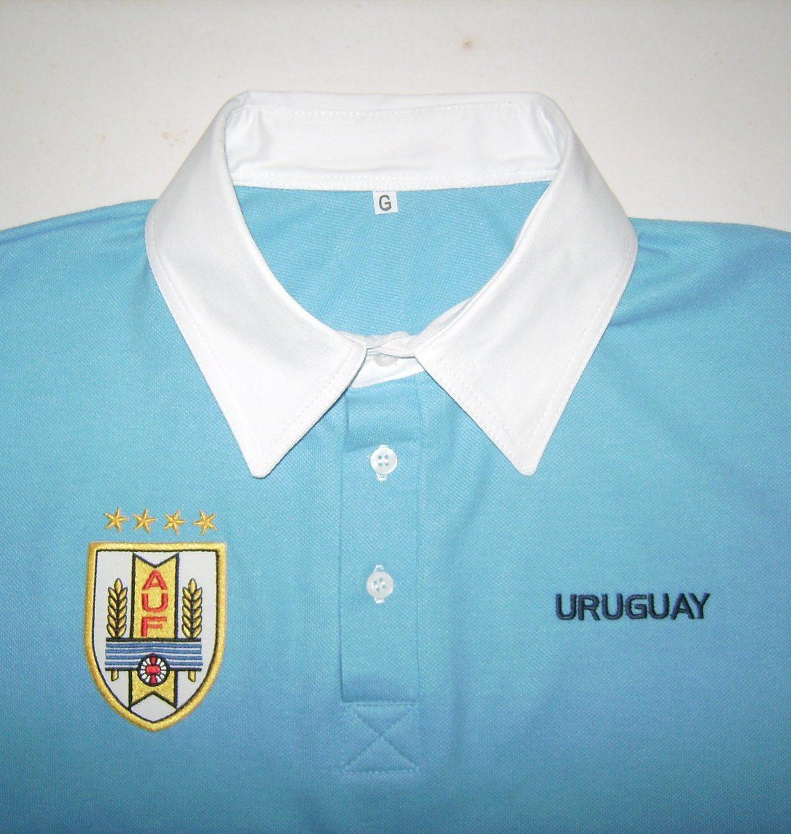 d3a8f94a2dcc5 camisa polo uruguay escrito grande. Carregando zoom.