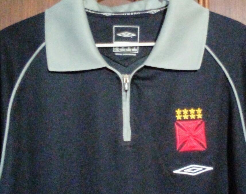 6b4084bc06 camisa polo vasco preta cinza viagem - umbro - anos 2000. Carregando zoom.