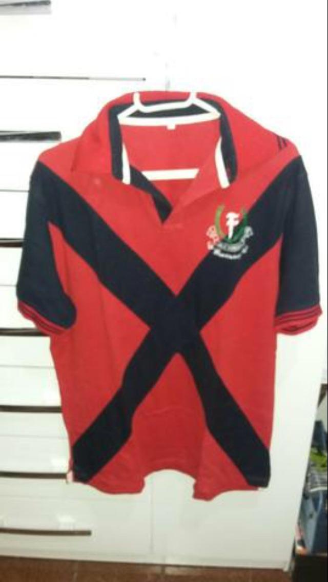Camisa Polo Vila Fundão Azul E Vermelho - R  150 f25925e371713