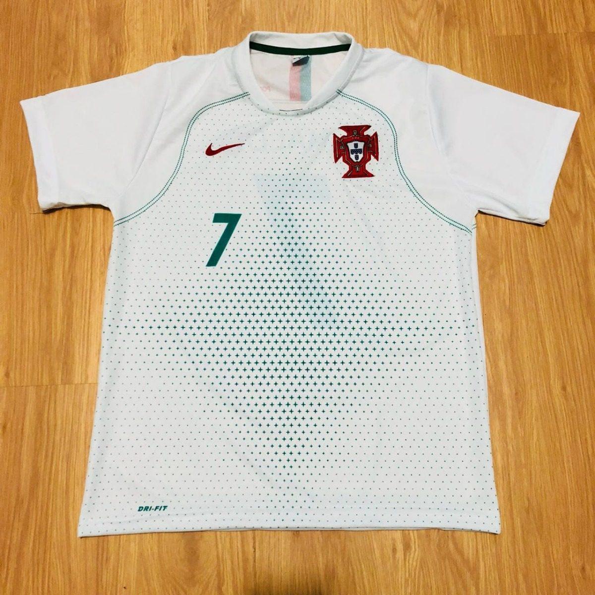 camisa portugal branca cristiano ronaldo 2018 copa do mundo. Carregando  zoom. e84f67c93f784