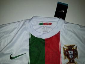 83f254767a Camisa Portugal Cristiano Ronaldo 2010 - Camisas de Futebol com Ofertas  Incríveis no Mercado Livre Brasil