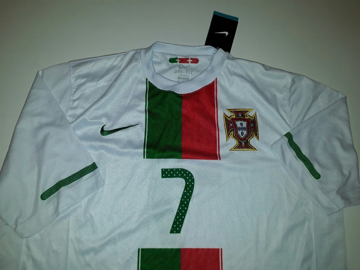 afa8b11cb6 camisa portugal nova cristiano ronaldo africa 2010 nike - cr. Carregando  zoom.