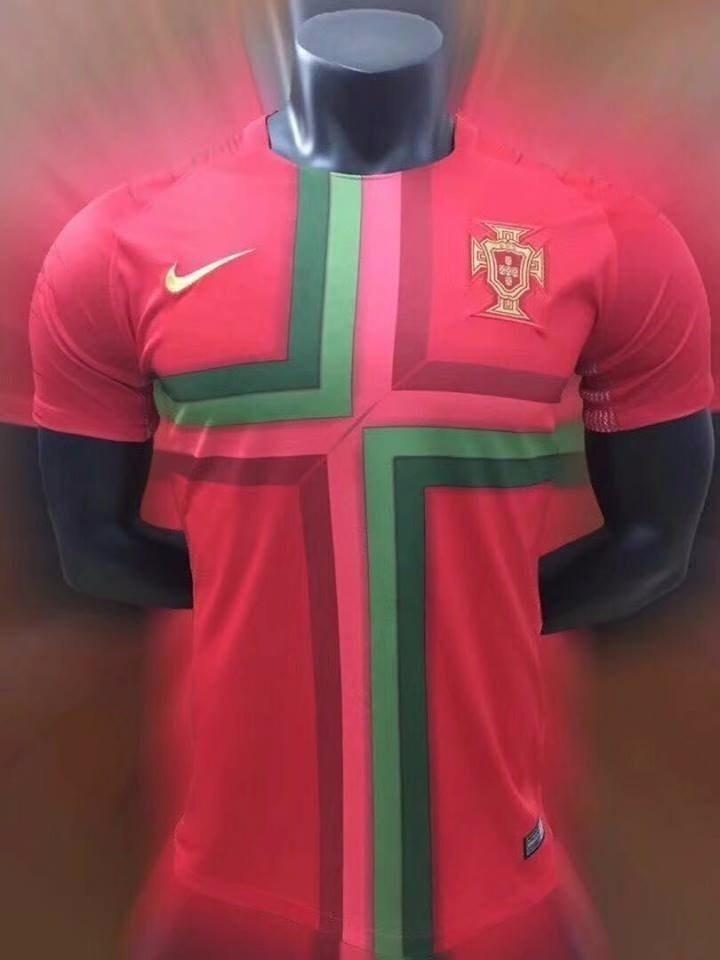 Camisa Portugal Seleção De Futebol Uniforme Principal 2018 - R  111 ... 841c6cf394935