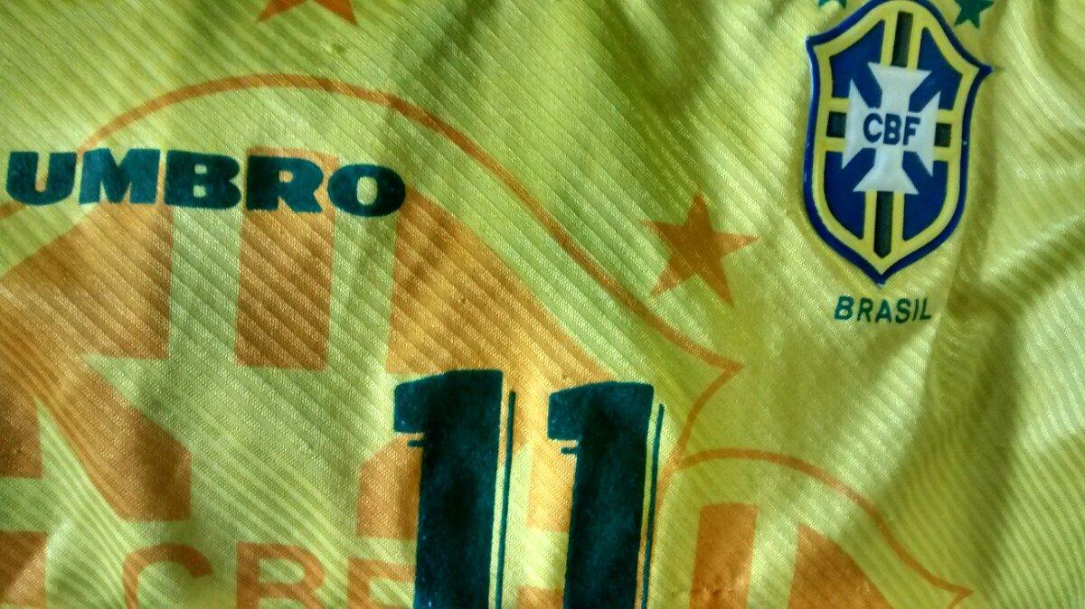 8463af723 camisa seleçao brasileira - copa de 1994 - brasil romário 94. Carregando  zoom.