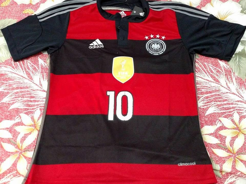 1eef57aa5ea2f camisa seleção alemanha vermelha preta 2016 2017. Carregando zoom.