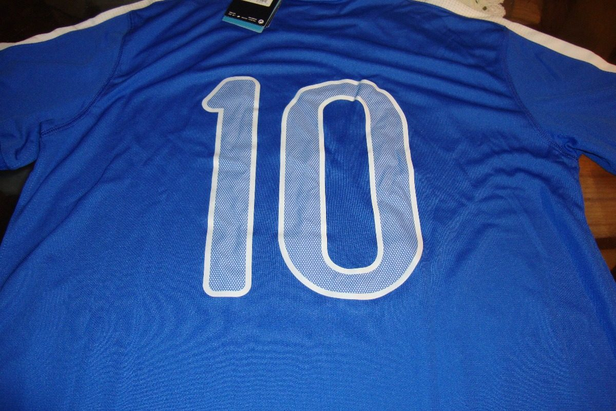 Camisa Nike Seleção Brasil Ii 2013 - R  185 b630a6801fe54