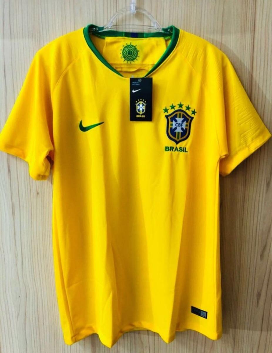 8e60db9a132659  camisa seleção brasileira 18 19 torcedor oficial entrega  já. Carregando zoom. 2890a9558202b8  Camisa Brasil Nike ... 09d35ebe2cb75