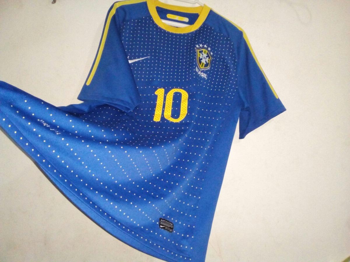 a2058bc672 camisa seleção brasileira azul 2010. Carregando zoom.
