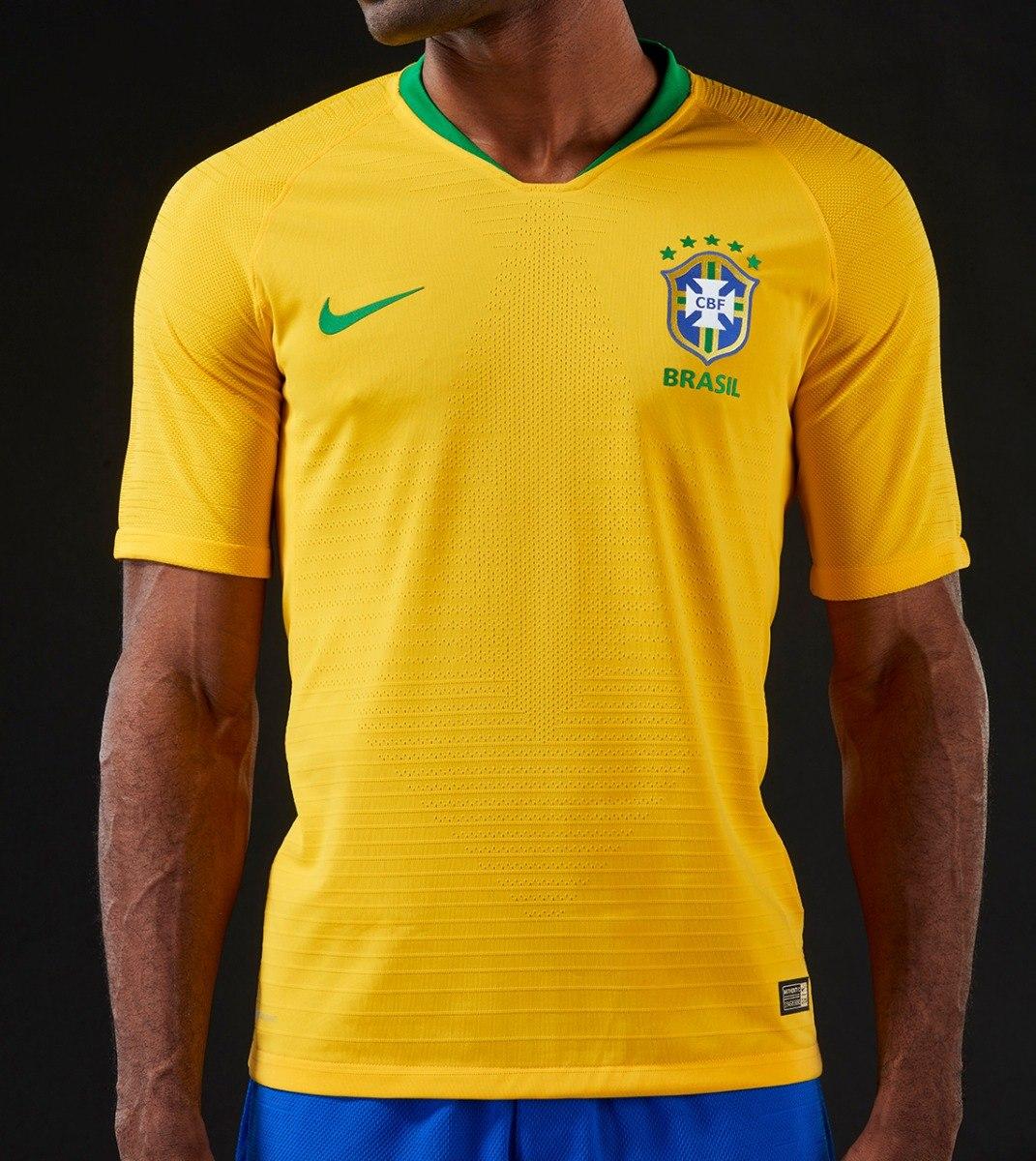 camisa seleção brasileira neymar 10 copa 2017 2018 laçamento. Carregando  zoom. a4cf309f1e6a7