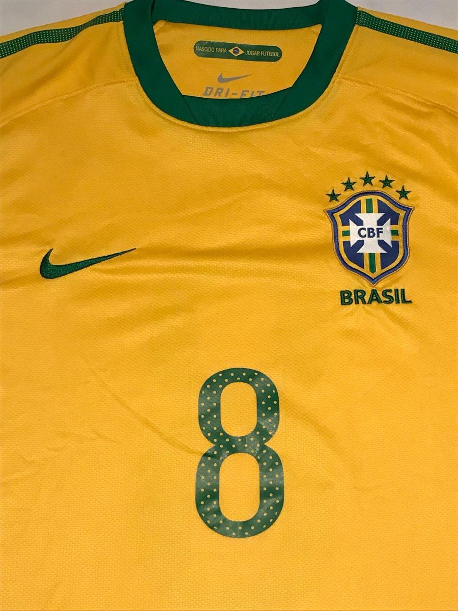 81c8a78582 camisa seleção brasileira - nike número 8 - 2010. Carregando zoom.