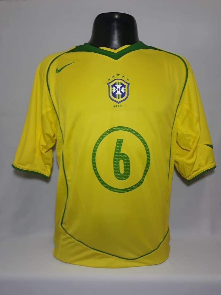 151602254d2c8 camisa seleção brasileira nike r.carlos 6 temporada 2005. Carregando zoom.