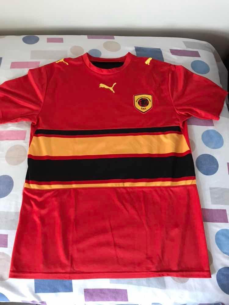 edcf0603e0cd5 camisa seleção de angola puma oficial. Carregando zoom.