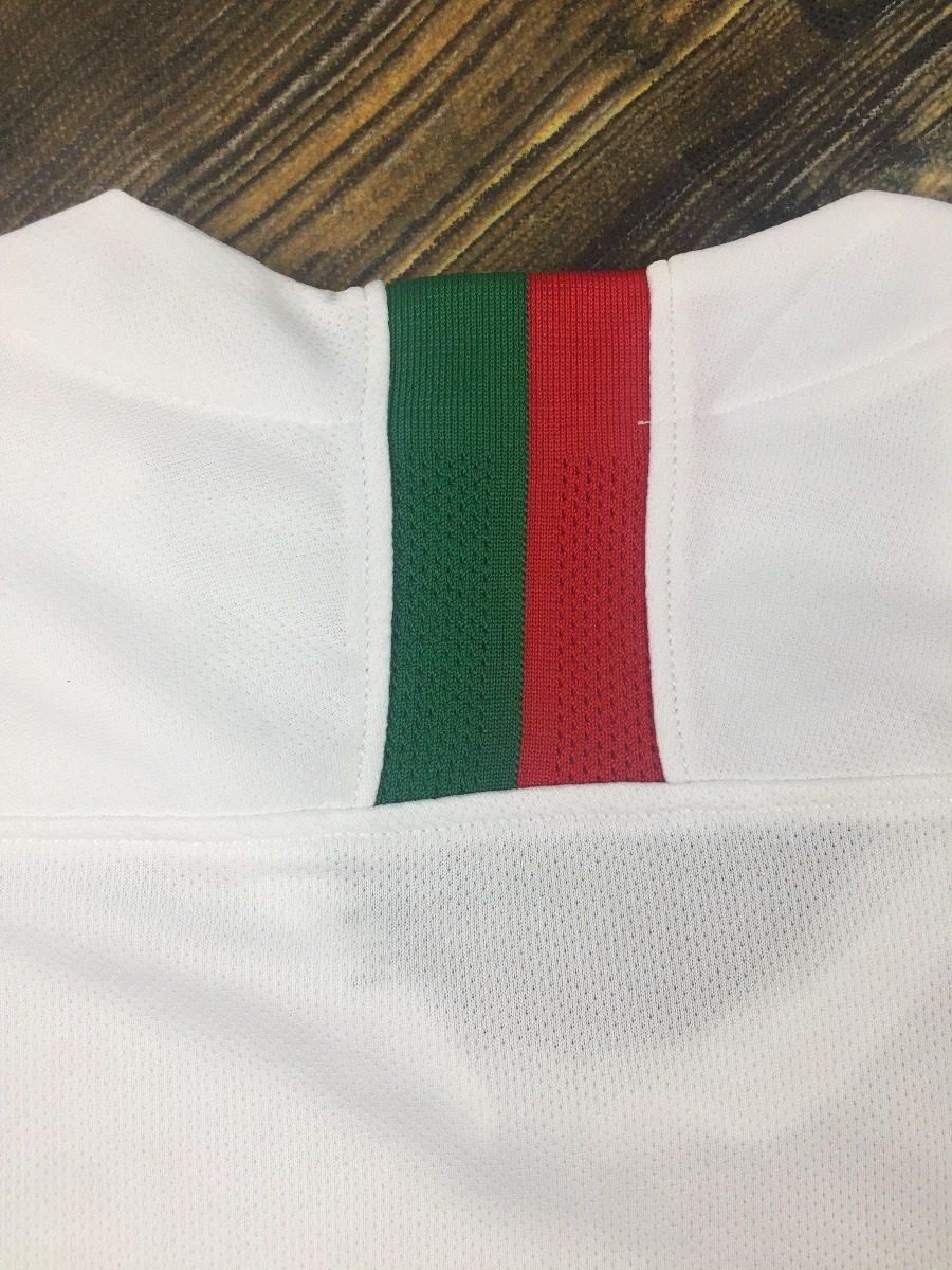 0c1af10decb52 camisa seleção portugal 2018 s n° torcedor nike masculina. Carregando zoom.
