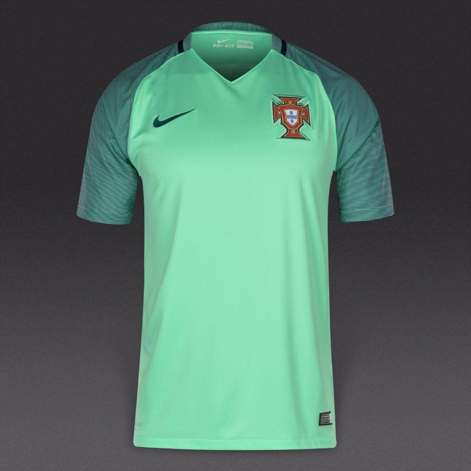 892edf5949 camisa seleção portugal verde clara original pronta entrega. Carregando  zoom.