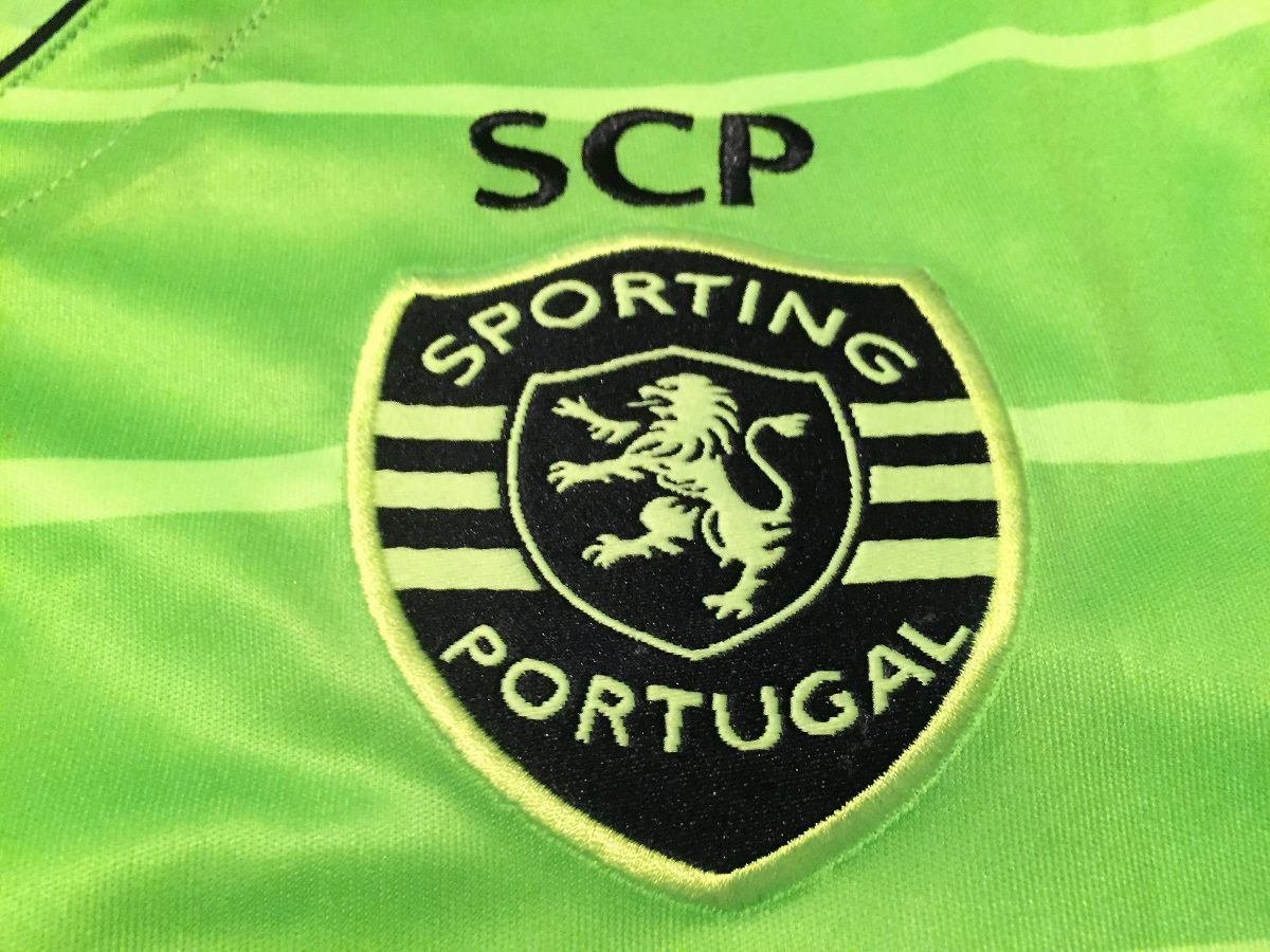 cb2196243892e camisa sporting lisboa teo  19 uniforme 3 oficial. Carregando zoom.