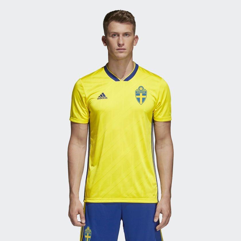7a298b61d5 camisa suecia i home 2018. Carregando zoom.