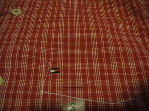 camisa tommy hifilger  manga corta rojo talla small ( 1138 )