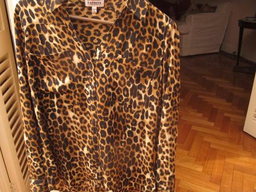 camisa traida de usa con etiquetas marca express