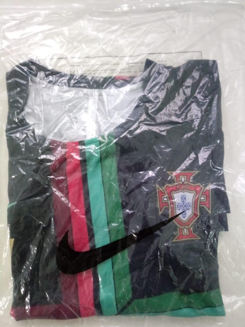 camisa treino portugal copa do mundo 2018 cristiano ronaldo. Carregando zoom . d7a3305e6d7ef
