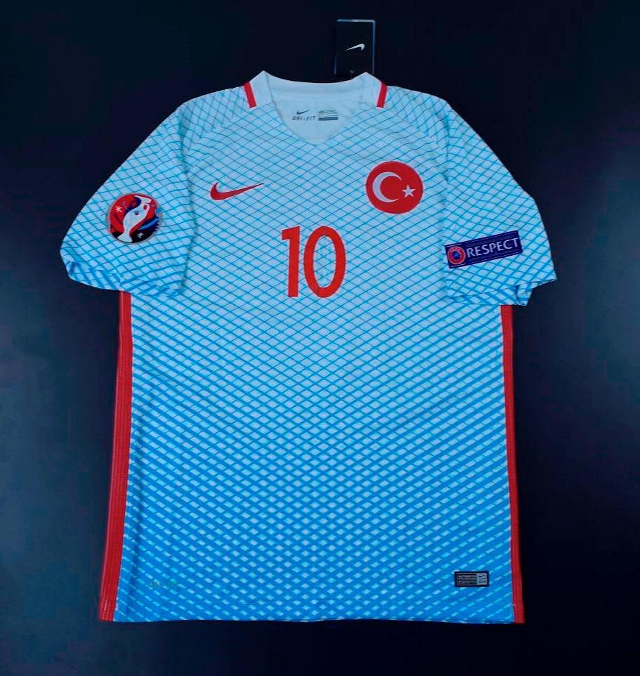 9811ec484a camisa turquia away arda   10 eliminatorias russia 2018. Carregando zoom.