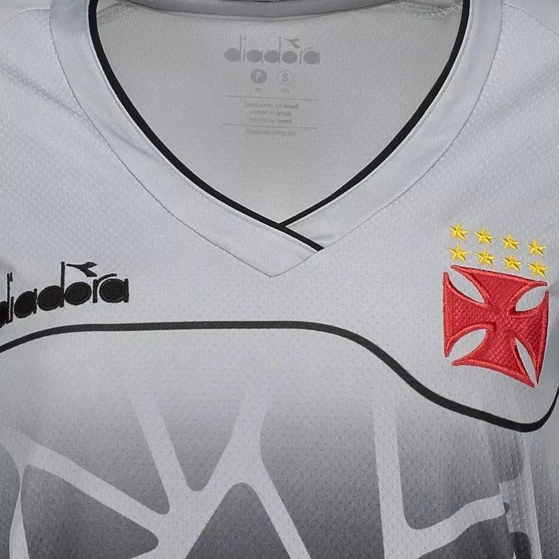 8970b21086 camisa vasco treino diadora feminina prata - original. Carregando zoom.