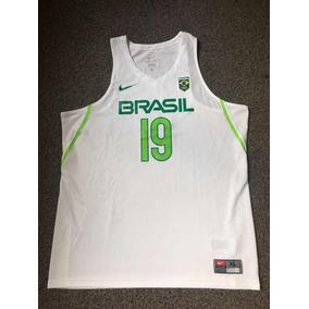 5bbca92c1 Regata Nike Seleção Brasileira De Basquete - Esportes e Fitness no Mercado  Livre Brasil