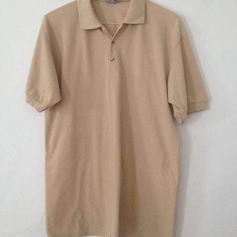 camisas de liceo beige