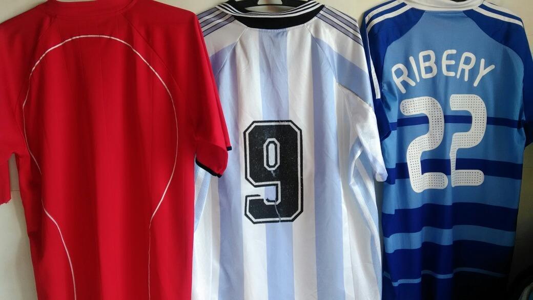 657ca1d202 Lote Camisas De Futebol Seleções - Modelos Paralelos - R  99